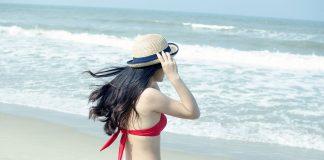Djevojka na plaži